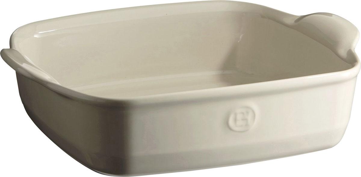 Форма для запекания Emile Henry Ultime, квадратная, цвет: кремовый, 28 х 28 см22050Форма для запекания Emile Henry Ultime изготовлена из HR-керамики (высоко-устойчивая) и может быть использована как в морозилке (-20°C), так и в духовке (270°C) и даже на гриле. Она устойчива к ежедневным испытаниям на кухне. Новый дизайн, стирающий границы между идеальной керамической формой для запекания и посудой для сервировки. Мягкие, щедрые формы великолепно подходят для приготовления всех видов блюд - от лазаньи до жаркого. Благодаря удобным ручкам форму комфортно извлекать из духовки. Поставьте форму на стол - это выглядит крайне элегантно. Ингредиенты блюд, приготовленных в такой форме, пропекаются равномерно, не пересыхают, долго сохраняют тепло.Высокие стенки формы позволяют приготовить щедрые порции блюд. Кромка снизу ручки обеспечивает противоскользящий эффект и лучший захват. Глазурованная нижняя часть формы является прекрасным элементом брендирования и подчеркивает фирменный стиль. Как выбрать форму для выпечки – статья на OZON Гид.