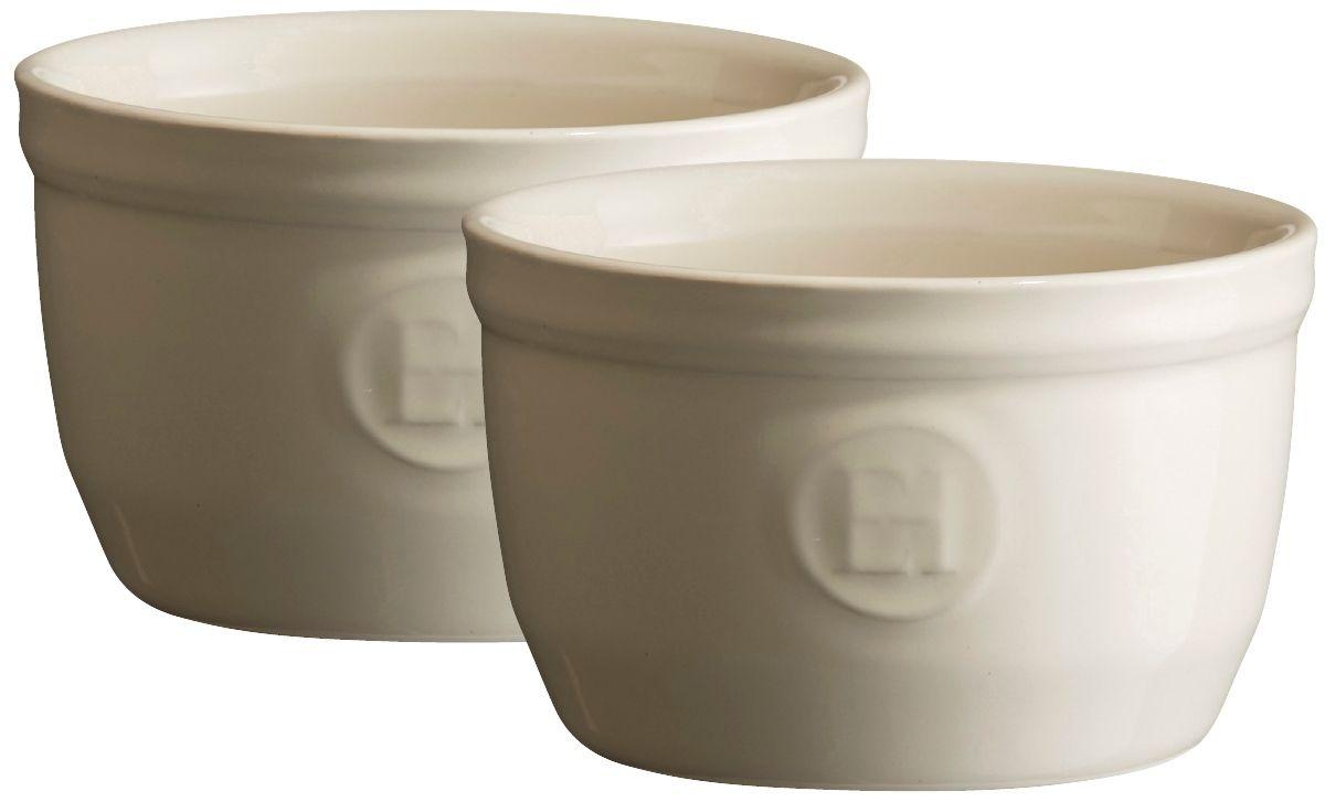 Рамекин Emile Henry, цвет: кремовый, диаметр 9 см, 2 шт24009Порционная форма рамекин Emile Henry предназначена как для готовки, так и для сервировки отдельных порций. Идеально подходит для кухни в загородном доме. Высокопрочная керамика (HR ceramic) великолепно распределяет и сохраняет тепло, что и требуется для приготовления помадок, гратенов, рассыпчатых и открытых пирогов. Форма не боится перепадов температур, и ее можно ставить в духовку сразу после того, как она была вынута из морозильной камеры. Покрытие формы устойчиво к появлению сколов и царапин, а его цвет остается ярким даже после многократного использования в посудомоечной машине.Форма диаметром 9 см идеально подходит для небольших десертов. Например, для густых десертов, которые требуют специфичного размера порции, как фондан из темного шоколада, пудинги или крем-карамель.