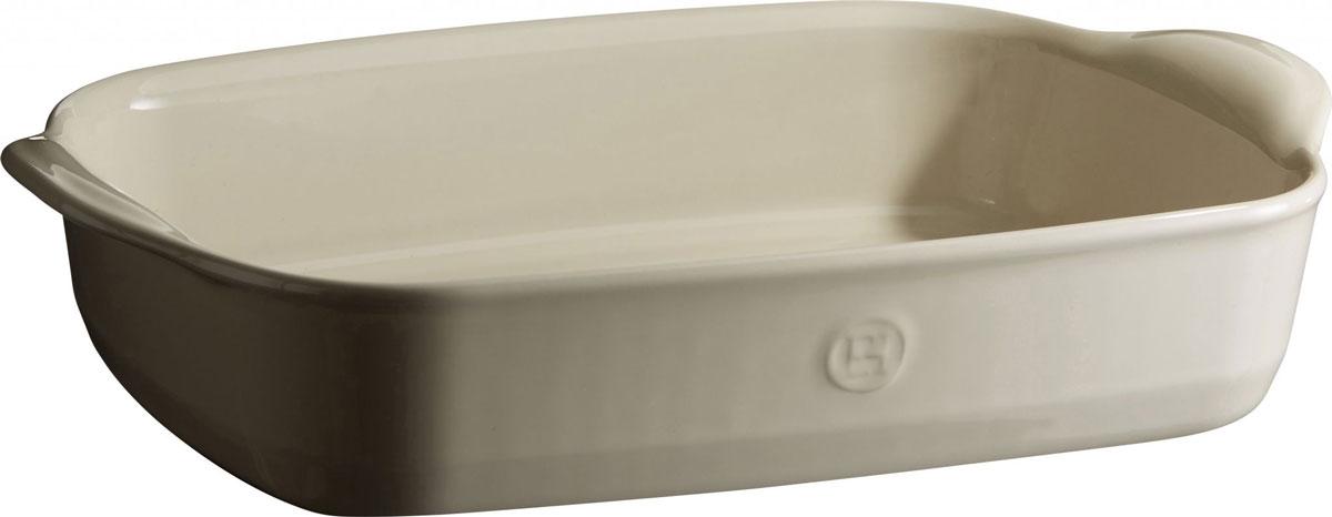 Форма для запекания Emile Henry Ultime, прямоугольная, цвет: кремовый. 2965229652Форма для запекания Emile Henry Ultime изготовлена из HR-керамики (высоко-устойчивая) и может быть использована как в морозилке (-20°C), так и в духовке (270°C) и даже на гриле. Она устойчива к ежедневным испытаниям на кухне.Новый дизайн, стирающий границы между идеальной керамической формой для запекания и посудой для сервировки. Мягкие, щедрые формы великолепно подходят для приготовления всех видов блюд - от лазаньи до жаркого.Благодаря удобным ручкам форму комфортно извлекать из духовки. Поставьте форму на стол - это выглядит крайне элегантно.Ингредиенты блюд, приготовленных в такой форме, пропекаются равномерно, не пересыхают, долго сохраняют тепло. Высокие стенки формы позволяют приготовить щедрые порции блюд.Кромка снизу ручки обеспечивает противоскользящий эффект и лучший захват.Глазурованная нижняя часть формы является прекрасным элементом брендирования и подчеркивает фирменный стиль.