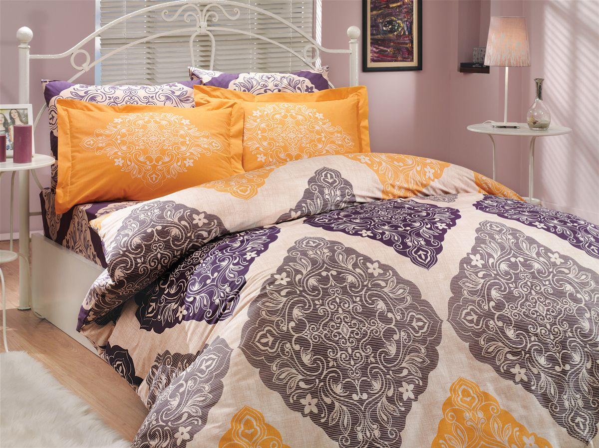 Комплект белья Hobby Home Collection Amanda, 2-спальный, наволочки 70x70, цвет: фиолетовый1501000619Комплект белья Hobby Home Collection состоит из простыни, пододеяльника и 4 наволочек. Белье выполнено из поплина - это ткань из 100% натурального хлопка. По легенде этот материал впервые произвели во французской резиденции Папы Римского, городе Авиньон. За это ткань назвали поплином, что означает папский. По своим характеристикам она напоминает бязь, однако, на ощупь гораздо более мягкая и гладкая. Прекрасные потребительские качества обеспечили поплину популярность у розничного покупателя: ткань не выцветает и не мнется, ее можно не гладить вообще; не линяет и не деформируется при стирке до сорока градусов; на сто процентов состоит из натуральных хлопковых волокон.