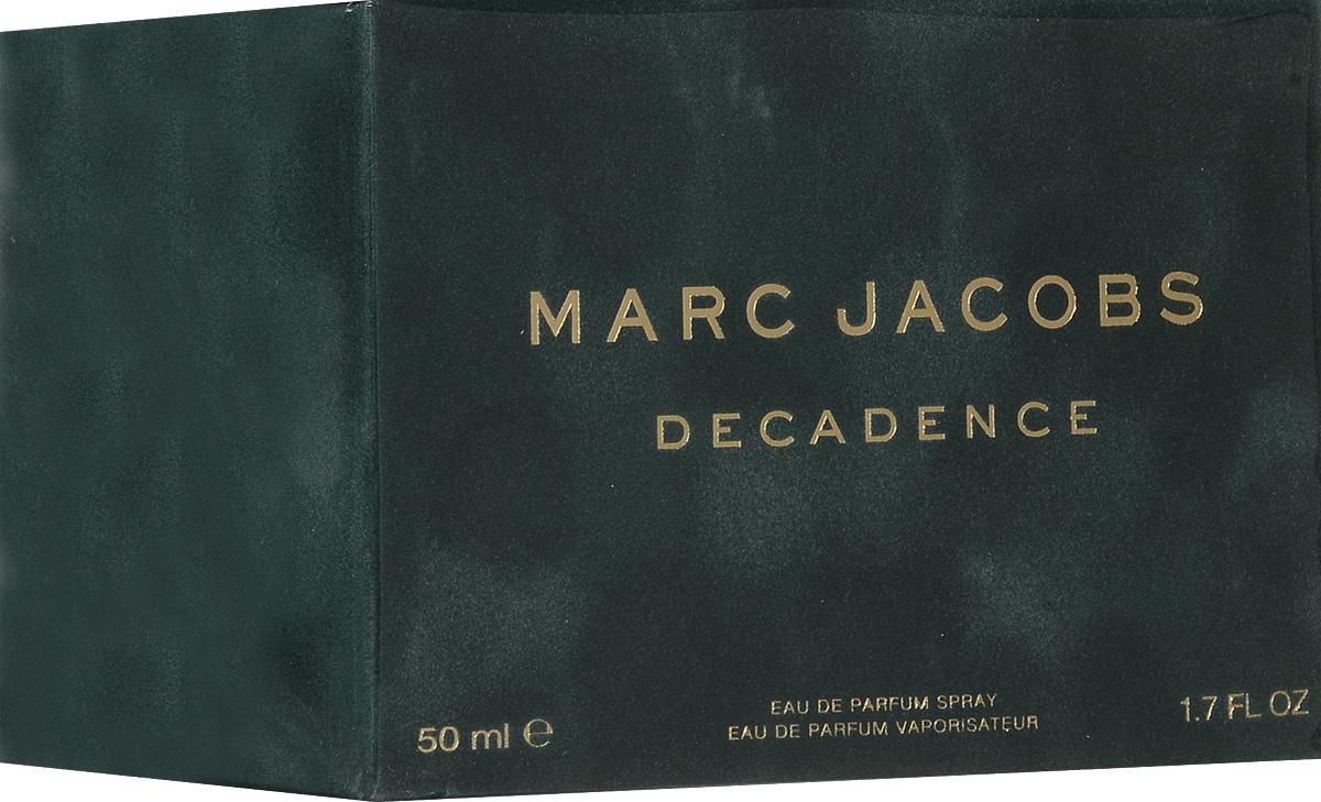 Marc Jacobs Decadence Парфюмерная вода женская 50 мл58995005000Marc Jacobs Decadence - Это утонченный чувственный древесный аромат. Он очаровывает с первых страстных нот сочной итальянской сливы, золотого душистого шафрана и утонченного ириса. Сердце аромата пронизано чарующим благоуханием болгарской розы, пышным звучанием фиалкового корня и нотами великолепного жасмина самбак. Сексуальные аккорды жидкой амбры, ветивера и пьянящего сухого папирусного дерева сплетаются в классический самодостаточный и изысканный шлейф.decadence поднимает легкие и очаровательные композиции от marc jacobs на новый уровень роскоши и элегантности.Верхняя нота: Слива, Ирис и Шафран.Средняя нота: Болгарская роза, Жасмин самбак и Ирис.Шлейф: Амбра, Ветивер и Папирус.Шафран, ирис и итальянская слива, в сочетании с древесными аккордами создают аромат Marc Jacobs Decadence.Дневной и вечерний аромат.