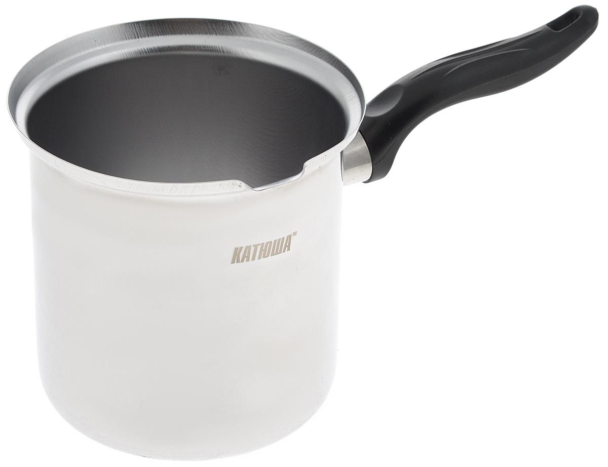 """Турка """"Катюша"""", выполненная из высококачественной нержавеющей стали, предназначена для приготовления кофе. Изделие имеет зеркальную полировку. Турка великолепно моется. Ручка выполнена из бакелита. В процессе эксплуатации не выделяет вредных веществ.Подходит для использования на всех типах плит, включая индукционные. Можно мыть в посудомоечной машине. Объем: 500 мл.Диаметр дна: 10,5 см.Диаметр по верхнему краю: 11,5 см.Высота стенок: 12,5 см.Длина ручки: 11 см."""