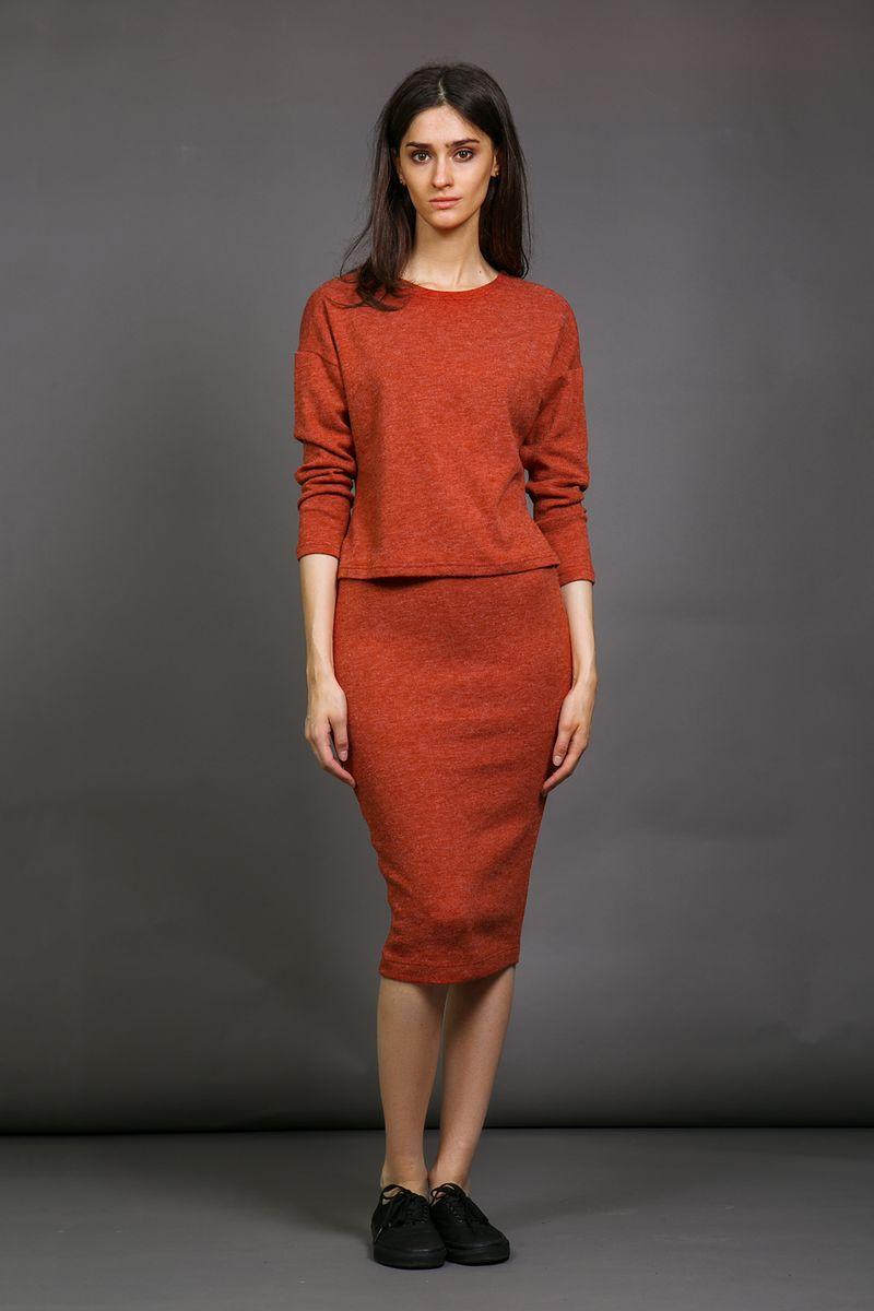 Юбка La Via Estelar, цвет: терракотовый. 90563-3. Размер 4290563Облегающая силуэтная женская юбка La Via Estelar из плотной мягкой ткани имеет скрытую широкую резинку, обеспечивающую удобную носку изделия и фиксацию на талии. За счет длины миди и стилизации идеально подойдет как для делового, так и для повседневного стиля.