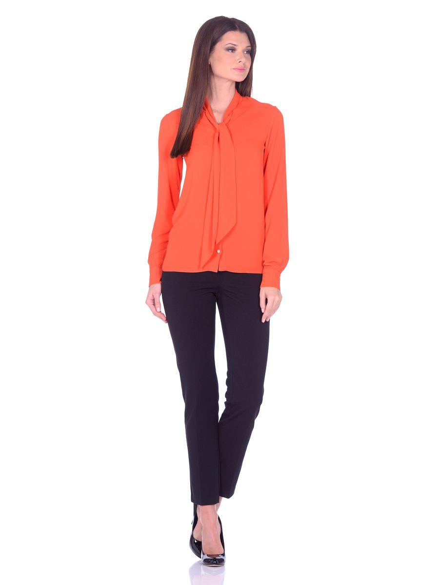 Блузка женская La Via Estelar, цвет: темно-оранжевый. 33939-4. Размер 4233939-4Яркая блуза La Via Estelar выполнена из легкого и воздушного полиэстрового материала. Модель свободного фасона, с длинными рукавами на манжетах и застежкой на пуговицы с петлями. Блузу легко комбинировать с любым низом, создавая нарядные образы.