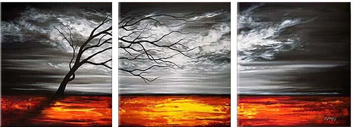 Картина Арт78 Шторм, модульная, 120 см х 40 см. арт780033-3арт780033-3Ничто так не облагораживает интерьер, как хорошая картина. Особенную атмосферу создаст крупное художественное полотно, размеры которого более метра. Подобные произведения искусства, выполненные в традиционной технике (холст, масляные краски), чрезвычайно капризны: требуют сложного ухода, регулярной реставрации, особого микроклимата – поэтому они просто не могут существовать в условиях обычной городской квартиры или загородного коттеджа, и требуют больших затрат. Данное полотно идеально приспособлено для создания изысканной обстановки именно у Вас. Это полотно создано с использованием как традиционных натуральных материалов (холст, подрамник - сосна), так и материалов нового поколения – краски, фактурный гель (придающий картине внешний вид масляной живописи, и защищающий ее от внешнего воздействия). Благодаря такой композиции, картина выглядит абсолютно естественно, и отличить ее от традиционной техники может только специалист. Но при этом изображение отлично смотрится с любого расстояния, под любым углом и при любом освещении. Картина не выцветает, хорошо переносит даже повышенный уровень влажности. При необходимости ее можно протереть сухой салфеткой из мягкой ткани.