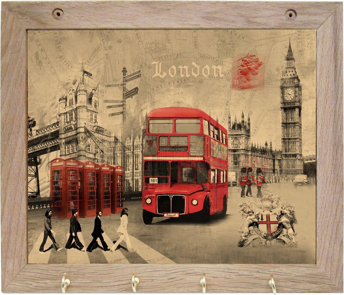 Вешалка GiftnHome Лондон, с 4 крючками, 20 х 25 смTH-LondonВешалка GiftnHome Лондон в стиле Art-Casual изготовлена из натурального дерева в комбинации с модными цветными принтами на корпусе отКреативной студии AntonioK. Вешалка снабжена 4 металлическими крючками для подвешивания аксессуаров, полотенец, прихваток и другоготекстиля.Это изделие больше, чем просто вешалка, оно несет интерьерное решение, задает настроение и стиль на вашей кухне, столовой или дачнойверанде.Art-Casual значит буквально повседневное искусство. Это новый стиль предложения обычных домашних аксессуаров в качестве элементов,задающих стиль и шарм окружающего пространства. Уникальное сочетание привычной функциональности и декоративной, интерьерной функции -это актуальная, современная тенденция от прогрессивных производителей товаров для дома.