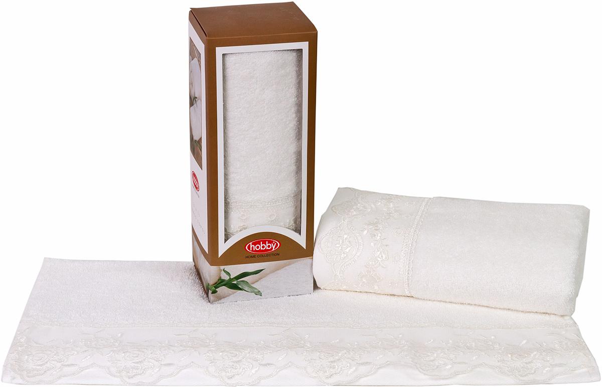 Полотенце махровое Hobby Home Collection Almeda, цвет: кремовый, 50х90 см1501000372Полотенца марки Хобби уникальны и разрабатываются эксклюзивно для данной марки. При создании коллекции используются самые высокотехнологичные ткацкие приемы. Дизайнеры марки украшают вещи изысканным декором. Коллекция линии соответствует актуальным тенденциям, диктуемым мировыми подиумами и модой в области домашнего текстиля.