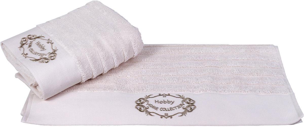 Полотенце Hobby Home Collection Zafira, цвет: кремовый, 70 х 140 см1607000114Полотенце Hobby Home Collection Zafira выполнено из 100% хлопка. Изделие отлично впитывает влагу, быстро сохнет, сохраняет яркость цвета и не теряет форму даже после многократных стирок. Такое полотенце очень практично и неприхотливо в уходе. А простой, но стильный дизайн полотенца позволит ему вписаться даже в классический интерьер ванной комнаты.