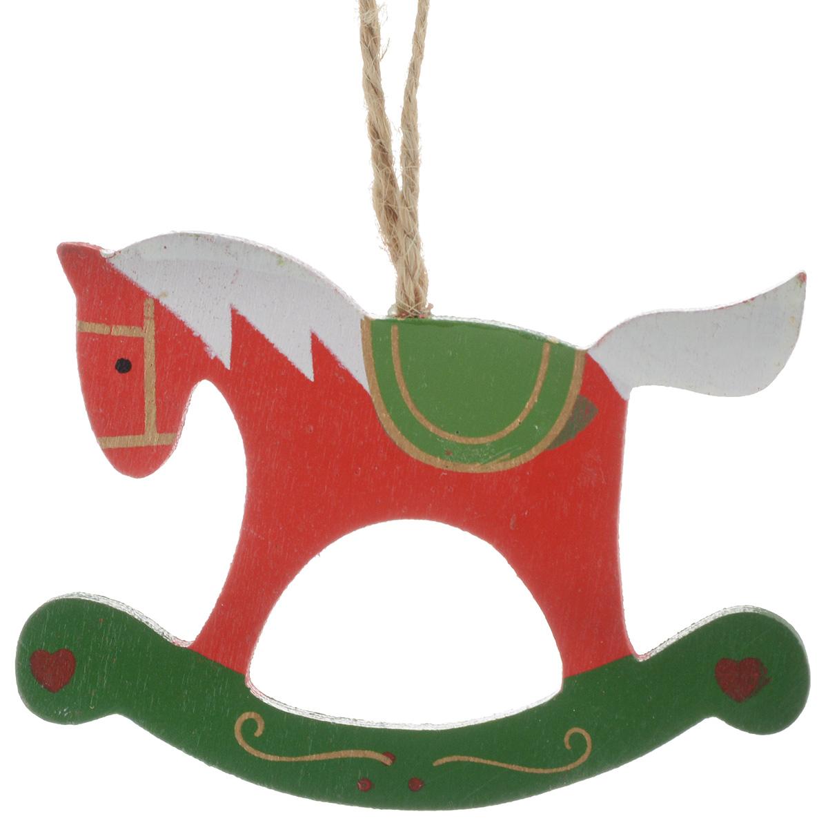 Украшение новогоднее подвесное Winter Wings Лошадка, цвет: красный, белый, зеленый, высота 7,5 смN181318_красный, белый, зеленыйНовогоднее подвесное украшение Winter Wings Лошадка выполнено из дерева. С помощью специальной петельки украшение можно повесить в любом понравившемся вам месте. Но, конечно, удачнее всего оно будет смотреться на праздничной елке.Елочная игрушка - символ Нового года. Она несет в себе волшебство и красоту праздника. Создайте в своем доме атмосферу веселья и радости, украшая новогоднюю елку нарядными игрушками, которые будут из года в год накапливать теплоту воспоминаний. Размер: 10 х 0,6 х 7,5 см.