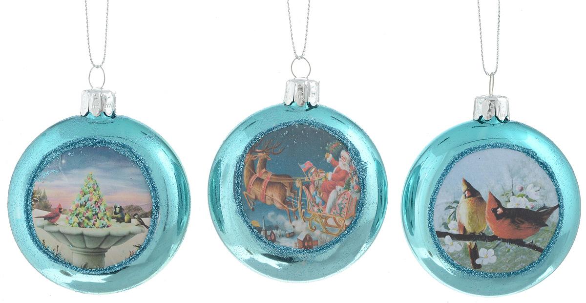 Набор новогодних подвесных украшений Winter Wings Диск. Открытки, цвет: голубой, 3 штN07747_голубойНабор Winter Wings Открытки отлично подойдет для декора праздничной ели. В наборе 3 новогодних елочных игрушки, выполненные из стекла. Игрушки оснащены петельками для подвешивания. Елочная игрушка - символ Нового года. Она несет в себе волшебство и красоту праздника. Создайте в своем доме атмосферу веселья и радости, украшая новогоднюю елку нарядными игрушками, которые будут из года в год накапливать теплоту воспоминаний. Диаметр игрушки: 6,5 см.