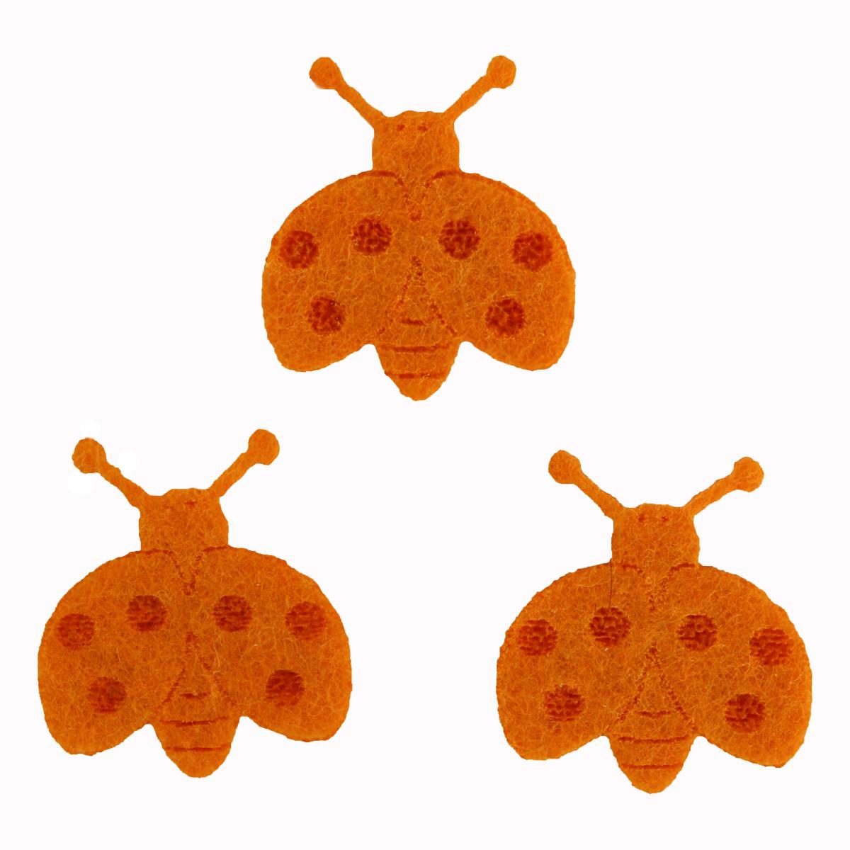 Фигурки из фетра Glorex Божьи коровки, цвет: оранжевый, 10 шт318820Заготовки из фетра для декора- это готовые фигурки, которые значительно упростят и сэкономят время рукодельницам, и помогут перед праздниками успеть намного больше. Фигурки ускорят изготовление подарков, сувениров и декорирования поделок.Фигурки замечательно держат форму, не деформируются в период эксплуатации и носки, не образовываются скатыши на ткани, а также не рассыпается по краям. Фетр, не имея изнанку, можно пришивать или приклеивать любой стороной. Имея плотную структуру, этот материал необычайно износостойкий, приятный на ощупь, красивый, надежный, не требует особого ухода, не линяет, и не растягивается.