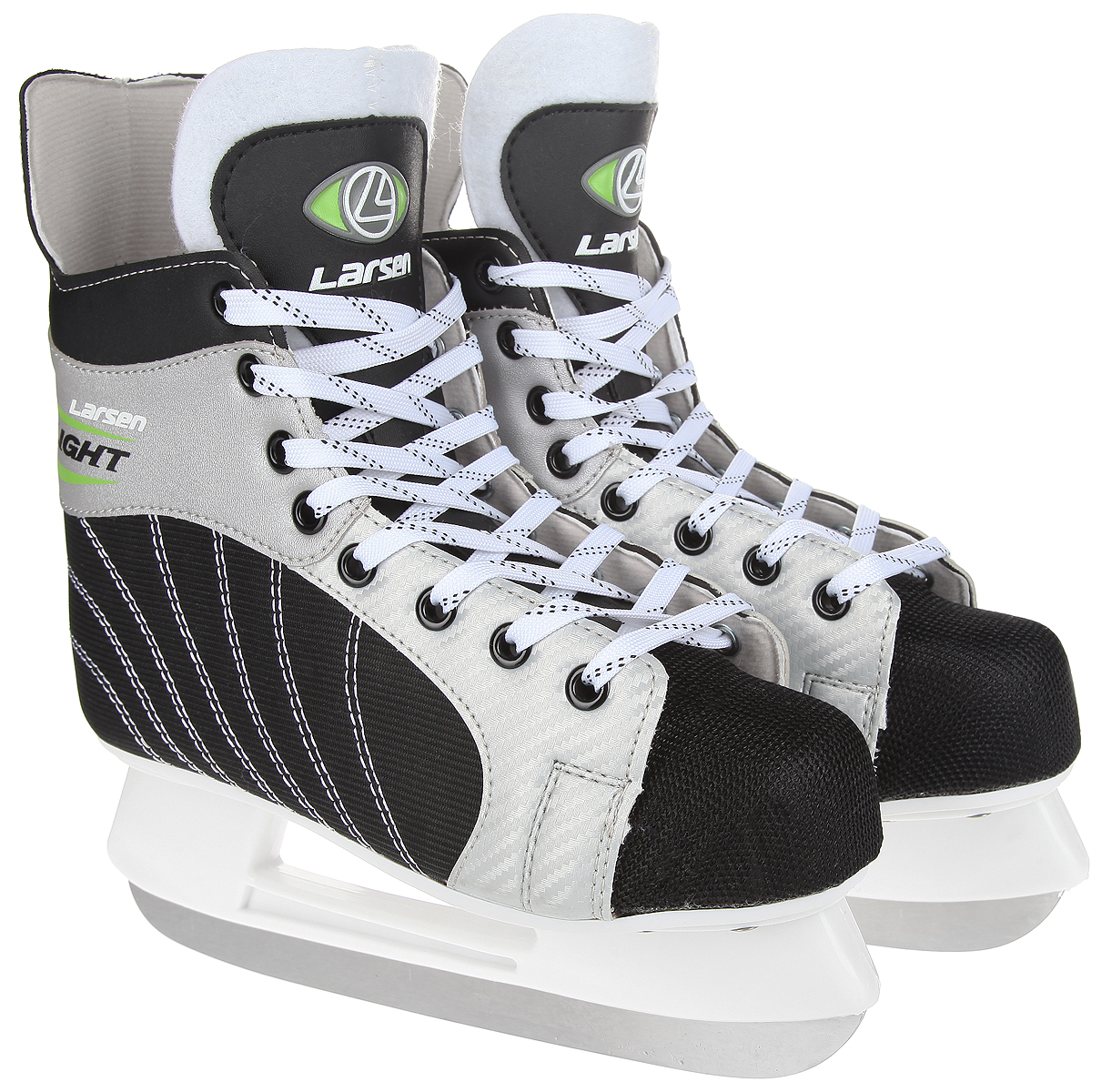 Стильные коньки Light от Larsen прекрасно подойдут для начинающих игроков в хоккей. Ботиноквыполнен из нейлона со вставками из морозоустойчивого поливинилхлорида. Мыс выполнен изполипропилена, покрытого сетчатым нейлоном, который защитит ноги от ударов. Внутреннийслой изготовлен из материала Cambrelle, который обладает высокой гигроскопичностью ивоздухопроницаемостью, имеет высокую степень устойчивости к истиранию, приятен на ощупь,быстро высыхает. Язычок из войлока обеспечивает дополнительное тепло. Плотная шнуровканадежно фиксирует модель на ноге. Голеностоп имеет удобный суппорт. Стелька из EVA стекстильной поверхностью обеспечит комфортное катание. Стойка выполнена изударопрочного пластика. Лезвие из нержавеющей стали обеспечит превосходное скольжение.В комплект входят пластиковые чехлы для лезвия. Рекомендуемая температураиспользования: до -20°C.