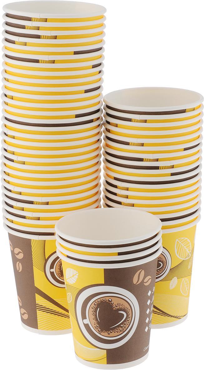 Набор одноразовых стаканов Huhtamaki Кофе с собой, 250 мл, 50 штПОС30520Одноразовые стаканы Huhtamaki Кофе с собой, изготовленные из плотной бумаги, предназначены для подачи горячих напитков. Вы можете взять их с собой на природу, в парк, на пикник и наслаждаться вкусными напитками. Несмотря на то, что стаканы бумажные, они очень прочные и не промокают. Диаметр (по верхнему краю): 8 см. Диаметр дна: 5,5 см.Высота: 9 см.