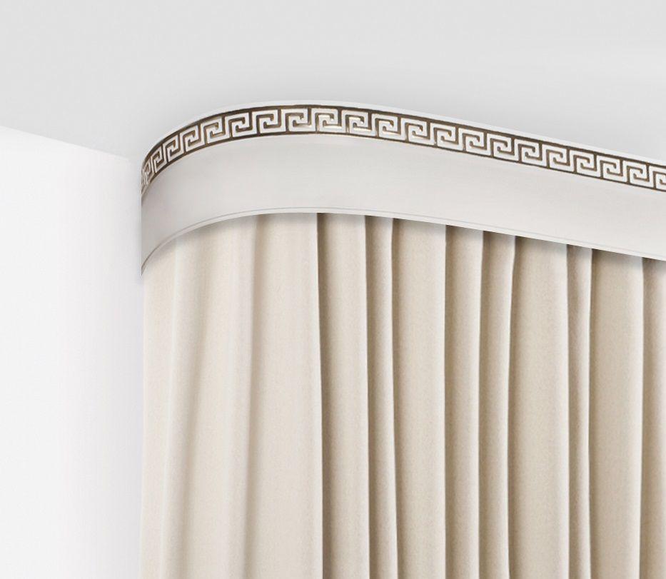 Бленда для шинного карниза Эскар Золото Греция, ширина 5 см, длина 240 см2903111240Багет для карниза крепится к карнизным шинам. Благодаря багетному карнизу, от взора скрывается верхняя часть штор (шторная лента, крючки), тем самым придавая окну и интерьеру в целом изысканный вид и шарм.Вы можете выбрать багетные карнизы для штор среди широкого ассортимента багета Российского производства. У нас множество идей использования багета для Вашего интерьера, которые мы готовы воплотить!Грамотно подобранное оформление – ключ к превосходному результату!!!