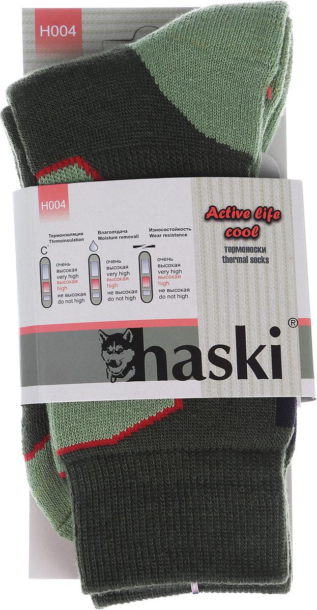 Термоноски мужские Haski, цвет: зеленый, светло-зеленый, красный. H004. Размер 41/43H004Мужские термоноски Haski предназначены для ежедневного использования в холодную погоду. Модель выполнена из акрила, полиамида, мериносовой шерсти и эластана. Содержащиеся в составе волокна шерсти овец мериносов позволяют максимально сохранить тепло и обеспечивают приятную легкость и дополнительный комфорт. Длина носка подобрана оптимально для наилучшего сохранения тепла. Наличие синтетических нитей заметно повышает износостойкость модели.