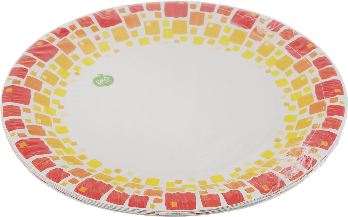"""Тарелки Paterra """"Нарядные"""" предназначены для украшения и сервировки стола во время мероприятий дома, в офисе, на даче, на пикнике. Пригодны для горячих блюд. Тарелки прочные, благодаря качеству и высокой плотности используемой при их изготовлении бумаги. Диаметр тарелки: 23 см. Количество в упаковке: 6 шт."""