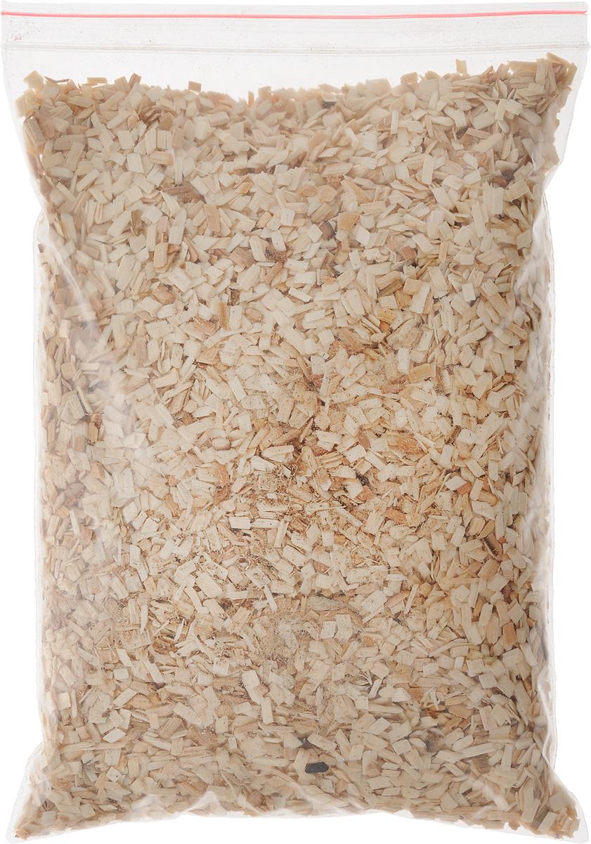 """Щепа для копчения Искра """"Осиновая"""" изготовлена из свежей сортовой древесины, прошедшей специальную обработку. Ее можно использовать не только для копчения продуктов в коптильнях, но и для придания вкуса и аромата блюдам из мяса, рыбы и птицы, приготовленным на гриле, мангале или на открытом огне. Рекомендуется перед употреблением замочить щепу на 20-30 минут в воде. Фракция 3-8 мм. Влажность 15-20%.  Вес: 0,25 кг."""