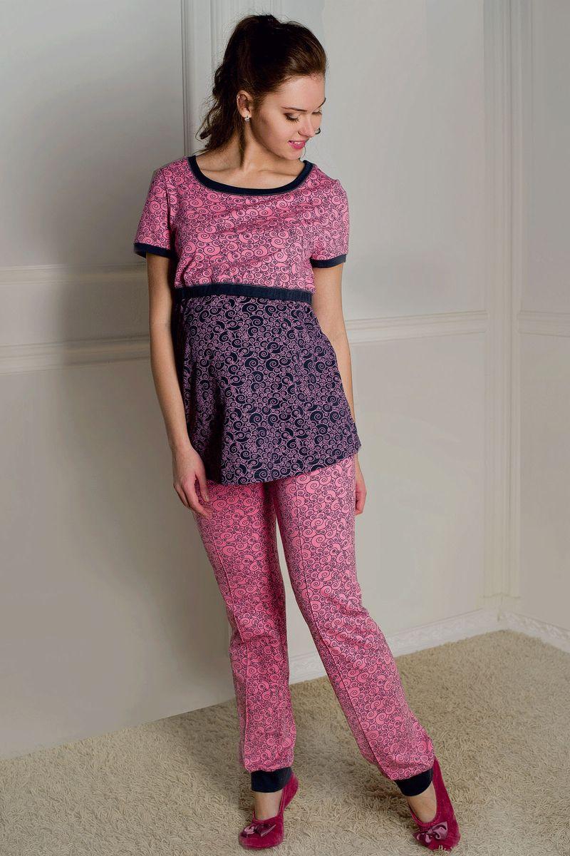 Комплект для беременных и кормящих Hunny Mammy: футболка, брюки, цвет: розовый, серый. 1-НМО 06928. Размер 441-НМО 06928Комплект женский для беременных и кормящих выполнен из хлопкового набивного трикотажа. Футболка с округлым вырезом горловины, коротким рукавом и удобным секретом для кормления. Брюки с бандажом, с боковыми карманами и низом на манжете.