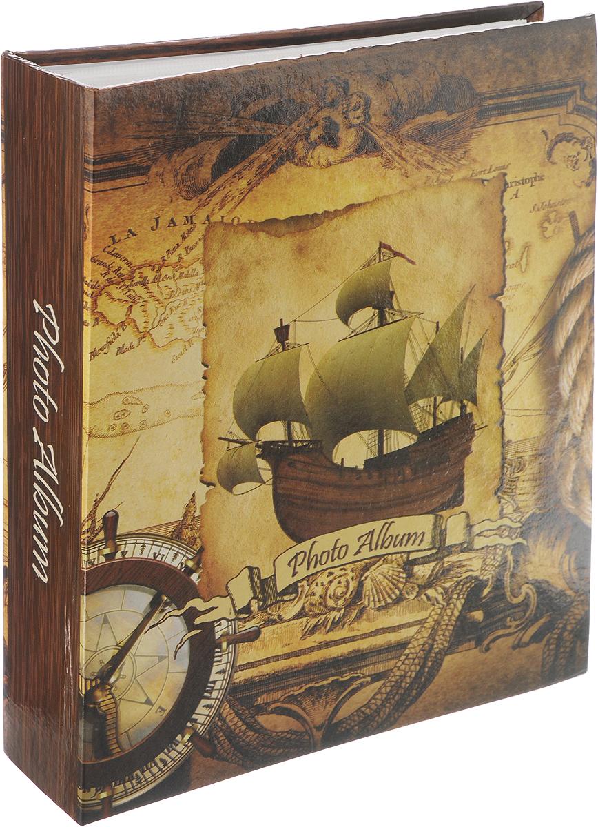 Фотоальбом Pioneer Rose Wind, 200 фотографий, 10 х 15 см41557 LM-4R200_корабль 2Фотоальбом Pioneer Rose Wind поможет красиво оформить ваши самые интересныефотографии. Обложка, выполненная из толстого картона, декорирована рисунком в морской тематике. Внутри содержится блок из 100 белых листов с фиксаторами-окошками из полипропилена. Альбом рассчитан на 200 фотографий формата 10 х 15 см (по 1 фотографии на странице). Переплет - книжный. Нам всегда так приятно вспоминать о самых счастливых моментах жизни, запечатленных нафотографиях. Поэтому фотоальбом является универсальным подарком к любому празднику.Количество листов: 100.