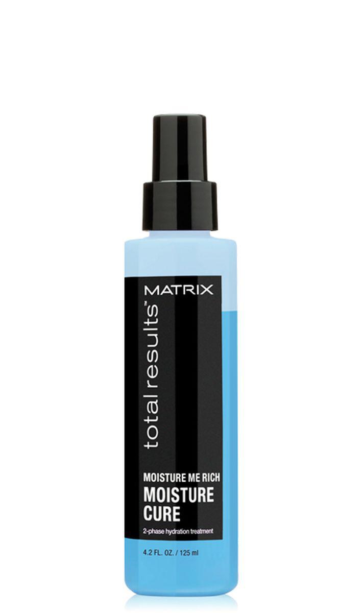 Matrix Total Results Moisture Me Rich Moisture Cure Двухфазный несмываемый спрей, 150 млE1577300Увлажняющий спрей Moisture Me Rich Moisture Cure (Мойсчер Ми Рич Мойсчер Кюр) воздействует на внутреннюю и внешнюю структуру волоса для долговременного увлажнения и питания. Легкая формула c низким уровнем pH разглаживает кутикулу волоса, придает волосам мягкость и блеск, облегчает расчёсывание.