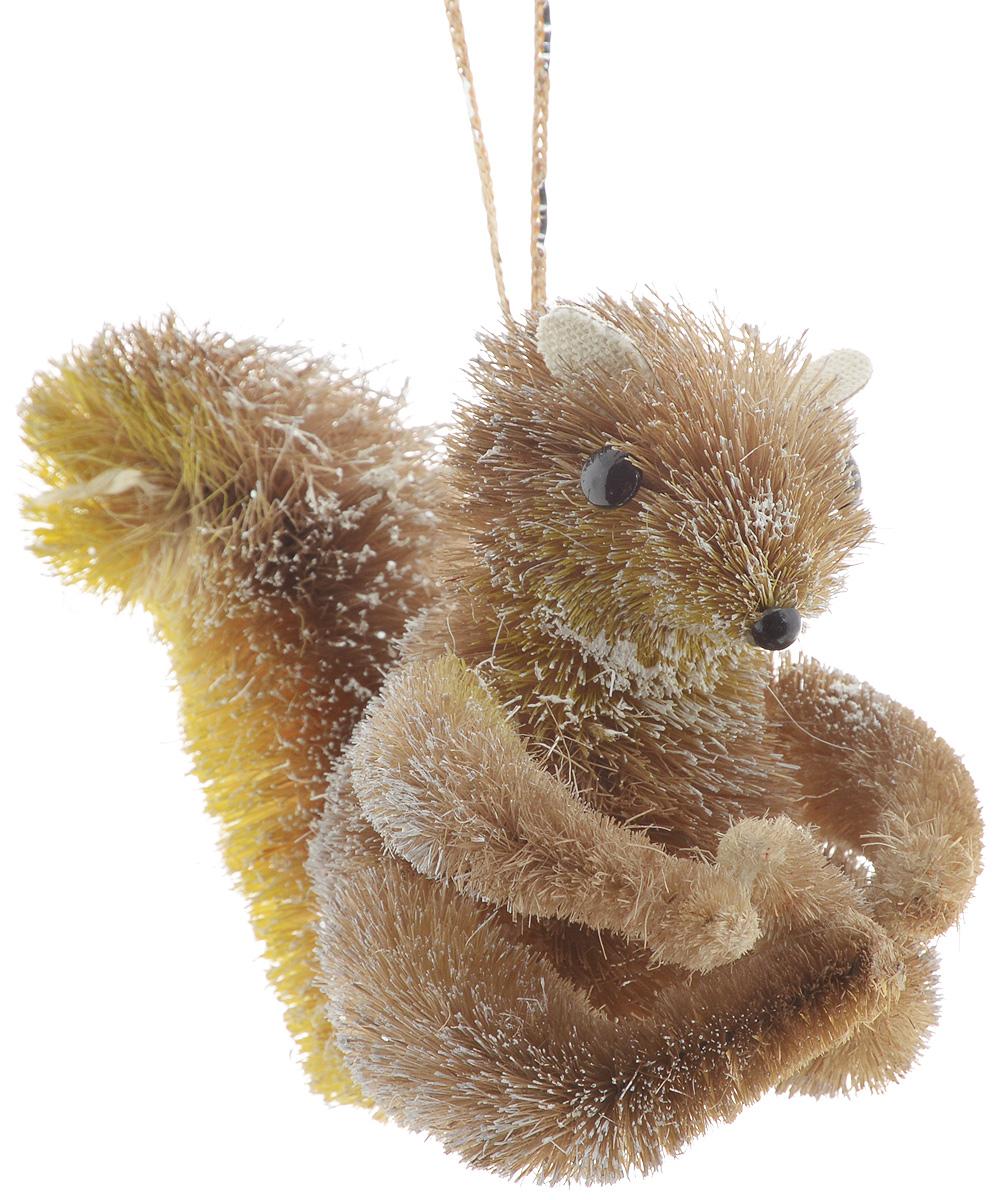 Украшение новогоднее подвесное Winter Wings Белка, 12 х 7 х 10 смN181410Новогоднее подвесное украшение Winter Wings Белкапрекрасно подойдет для праздничного декорановогодней ели. Изделие выполнено из соломы. Дляудобного размещения на елке предусмотрена веревочка.Елочная игрушка - символ Нового года. Она несет в себеволшебство и красоту праздника.Создайте в своем доме атмосферу веселья и радости,украшая новогоднюю елку наряднымиигрушками, которые будут из года в год накапливатьтеплоту воспоминаний.Откройте для себя удивительный мир сказок и грез.Почувствуйте волшебные минутыожидания праздника, создайте новогоднее настроениевашим дорогим и близким.