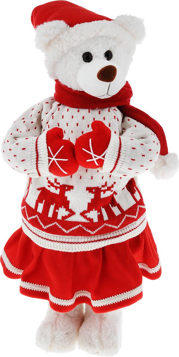 """Декоративная фигурка ESTRO """"Медведь"""" выполнена из высококачественных материалов в оригинальном стиле. Фигурка выполнена в виде медведя. Уютная и милая интерьерная игрушка предназначена для взрослых и детей, для игр и украшения новогодней елки, да и просто, для создания праздничной атмосферы в интерьере!  Фигурка прекрасно украсит ваш дом к празднику, а в остальные дни с ней с удовольствием будут играть дети. Оригинальный дизайн и красочное исполнение создадут праздничное настроение. Фигурка создана вручную, неповторима и оригинальна.  Порадуйте своих друзей и близких этим замечательным подарком!"""