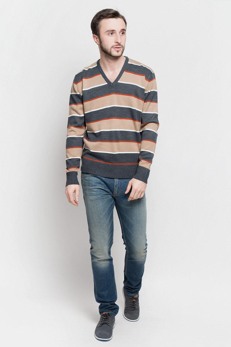 Джемпер мужской D&H Basic, цвет: светло-коричневый, темно-серый, оранжевый. А60009030112. Размер S (48)А60009030112Мужской джемпер D&H Basic с V-образным вырезом горловины и длинными рукавами изготовлен из высококачественной акриловой пряжи.Горловина, низ и манжеты рукавов джемпера связаны резинкой. Модель оформлена узором в виде контрастных полосок.