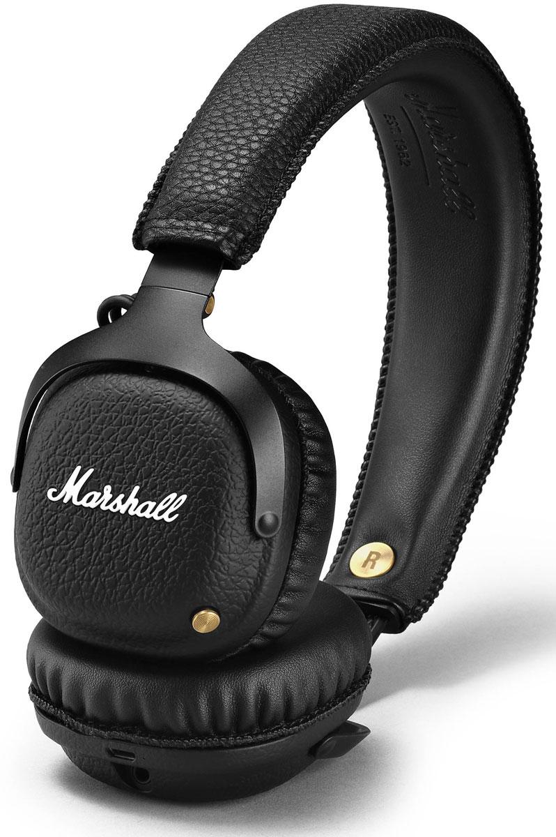 Marshall Mid Bluetooth, Black беспроводные наушники15118903Беспроводные наушники Marshall Mid Bluetooth соединяют в себе свободу и комфорт. Легко подключитесь к воспроизводящему устройству по современному протоколу Bluetooth aptX и слушайте музыку в течение длительного времени (более 30 часов) без подзарядки.Подключайтесь к Marshall Mid Bluetooth без проводов по технологии aptX. Вы сможете не только проигрывать свои любимые песни в CD-качестве — кодек aptX минимизирует задержку синхронизации звука и видео, что позволяет смотреть фильмы без проблем с синхронизацией. Mid дарит вам свободу перемещения в радиусе 10 метров от источника сигнала.Специальные настроенные излучатели 40 мм идеально уравновешивают чистоту и насыщенность звука. Бронзовая кнопка на левой чаше не только нажимается, но и отклоняется в разных направлениях, позволяя управлять разными функциями — громкостью, воспроизведением, переключением песен и включением самой гарнитуры.При беспроводном прослушивании, 3,5 мм разъём становится выходом, в который можно подключить еще одни наушники, надетые на близкого человека.Мягкое оголовье и свободные крепления позволяют надеть наушники так, как удобно именно вам.