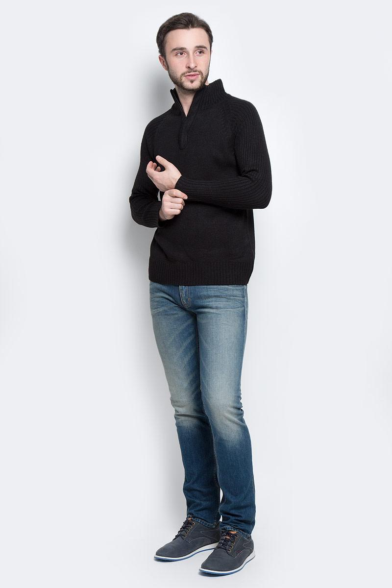 Свитер мужской Epic Hero, цвет: черный. А55001. Размер XXXL (58)А55001Стильный мужской свитер Epic Hero с воротником-стойкой и длинными рукавами изготовлен из высококачественной акриловой пряжи.Горловина, низ и рукава свитера связаны резинкой. Воротник у модели застёгивается на молнию.