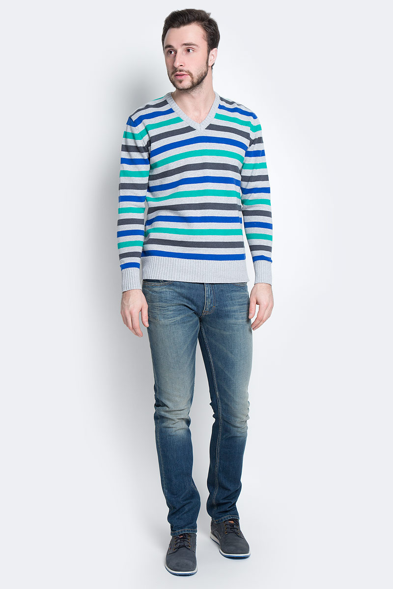 Пуловер мужской D&H Basic, цвет: серый, синий, зеленый. А600090417. Размер S (48)А600090417Мужской пуловер D&H Basic изготовлен из натуральной хлопковой пряжи. Модель с V-образным вырезом горловины и длинными рукавами оформлена полосками. Манжеты и низ изделия связаны резинкой.
