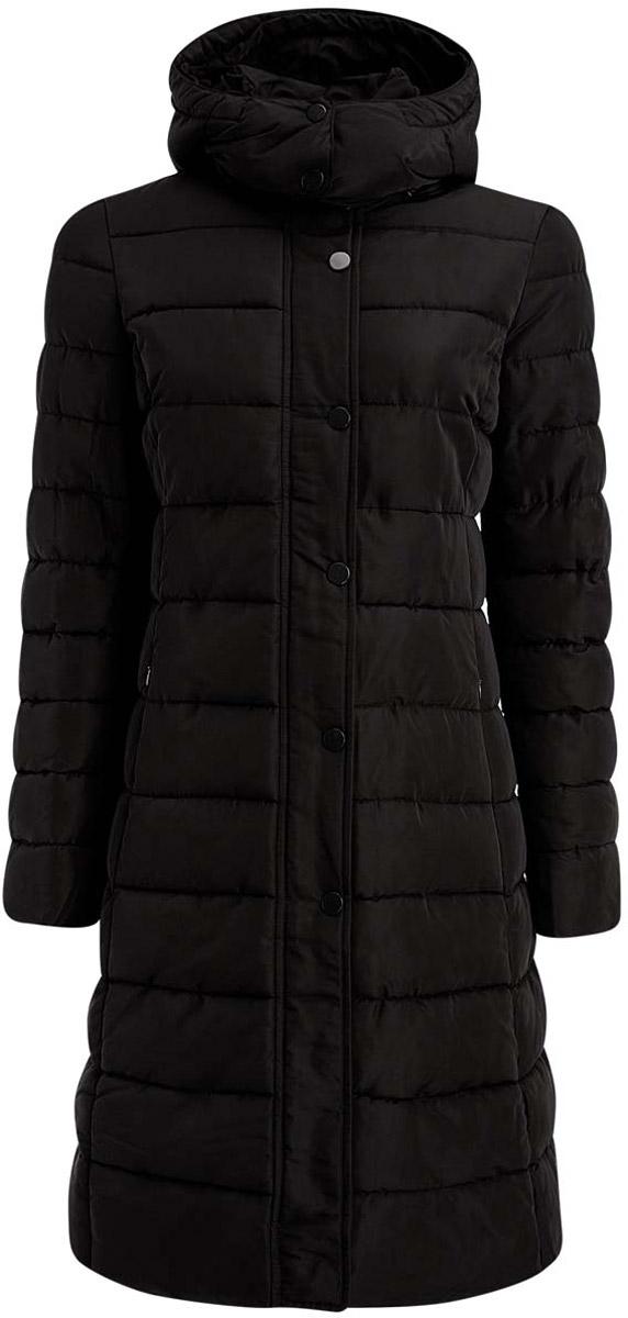 Пальто женское oodji Ultra, цвет: черный. 11C01004-1/43591/2900N. Размер 34-170 (40-170)11C01004-1/43591/2900NСтильное стеганое пальто oodji Ultra, выполненное из полиэстера, отлично подойдет для холодной осенней погоды. Подкладка изготовлена из гладкой ткани, утеплитель выполнен из 100% полиэстера. Модель с длинными рукавами и воротником-стойкой застегивается по всей длине на кнопки. Ветрозащитная планка по всей длине молнии закрывается на кнопки. Пальто оснащено отстегивающимся капюшоном, объем которого можно отрегулировать с помощью шнурков. Спереди расположены два втачных кармана на молнии.