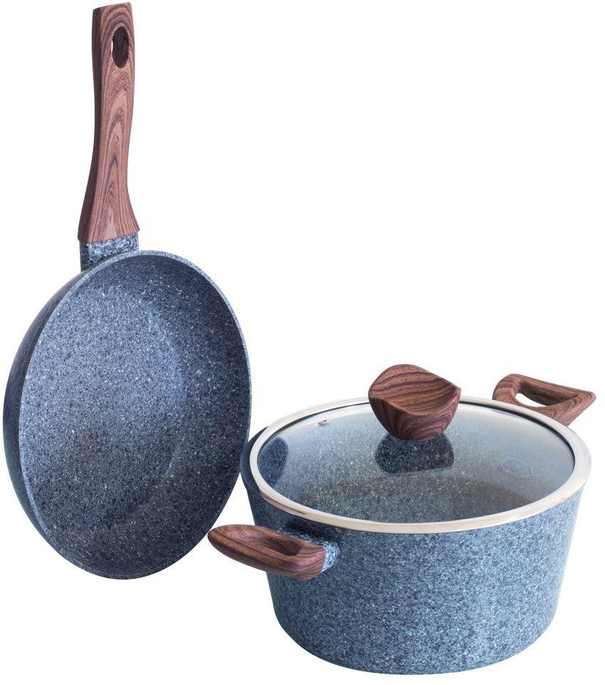 """Набор посуды Berlinger Haus """"Forest Line"""" состоит из сковороды и кастрюли с крышкой. Посуда изготовлена из кованого алюминия с высококачественным мраморно-гранитным антипригарным покрытием в 3 слоя. Такое покрытие предотвращает пригорание пищи и ее прилипание к стенкам. Оно абсолютно безопасно для здоровья и не выделяет вредных веществ во время готовки.  Специальное индукционное дно """"TURBO INDUCTION"""" экономит 35% энергии. Тепло распределяется равномерно по всей поверхности посуды, что позволяет пище готовиться быстрее.  Посуда оснащена эргономичными ручками с покрытием """"soft- touch"""", декорированными """"под дерево"""". Такие ручки не нагреваются в процессе приготовления пищи и не дают вашим рукам обжечься. Крышка выполнена из жаростойкого стекла, снабжена ободом из нержавеющей стали и ручкой с подставкой под кухонные принадлежности.   Посуда подходит для газовых, электрических, стеклокерамических, галогенных, индукционных плит. Можно мыть в посудомоечной машине.  Диаметр кастрюли: 24 см.  Объем кастрюли: 4 л.  Диаметр сковороды: 24 см.  Высота стенки сковороды: 5 см. Диаметр крышки: 24 см."""