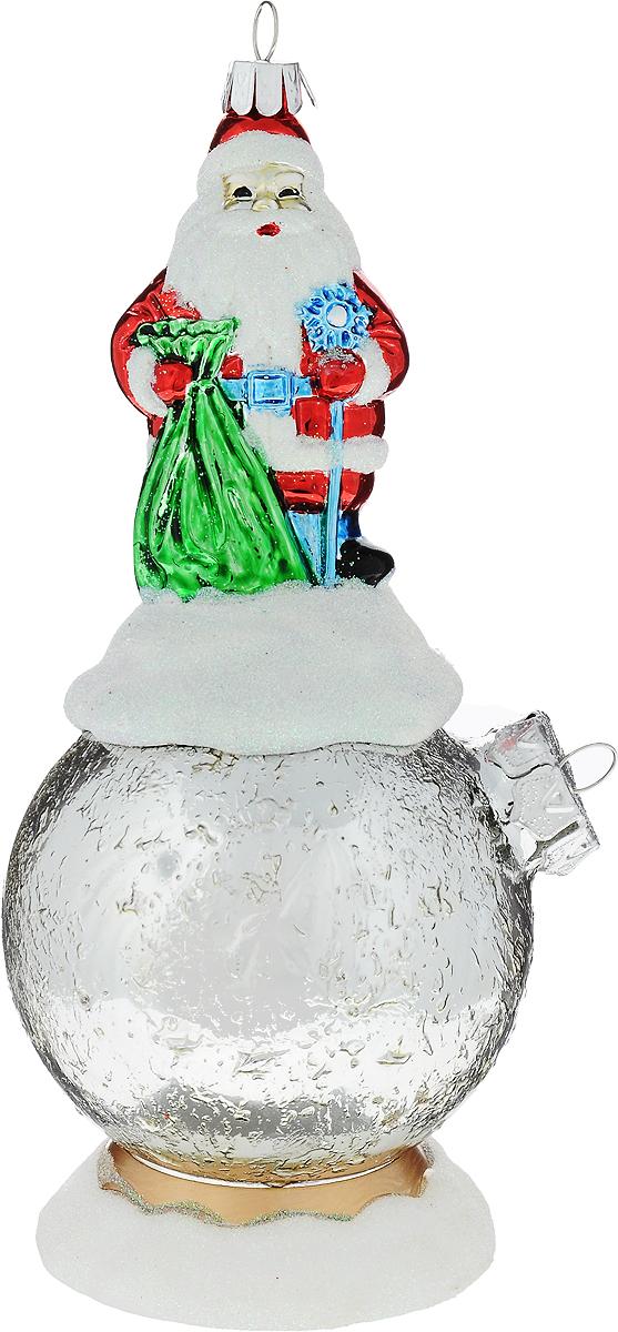 Украшение новогоднее подвесное Mister Christmas Дед Мороз на шаре, цвет: серебристый, длина 15 см. BD 80-704BD 80-704Украшение Mister Christmas Дед Мороз на шаре представляет собой весьма оригинальную елочную игрушку 2 в 1. Это и классический елочный шар, и миниатюрная фигурка Деда Мороза. Изделие выполнено из качественного пластика и отличается прочностью и безопасностью. Украшение Mister Christmas Дед Мороз на шаре - это не просто классическая елочная игрушка. Оно может стать элементом праздничного декора, если установить на специальной подставке. В любом случае такая игрушка будет привлекать внимание и создавать праздничную атмосферу в доме или офисе.Длина: 15 см.