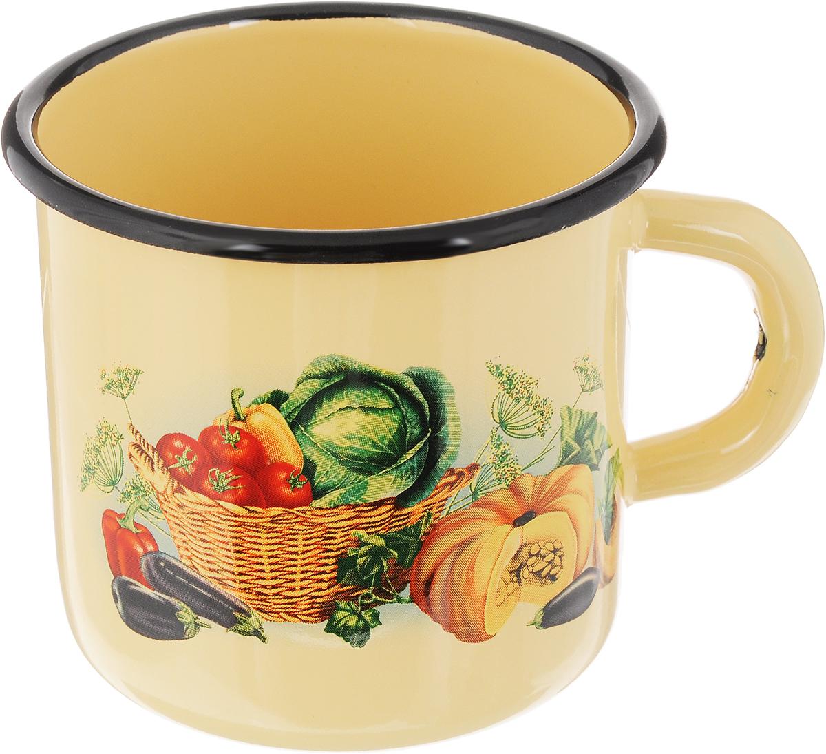 Кружка эмалированная СтальЭмаль Овощи, 400 мл1с2с_желтый, зеленый, красныйКружка СтальЭмаль Овощи изготовлена извысококачественной стали с эмалированнымпокрытием. Она оснащена удобной ручкой иукрашена ярким рисунком. Такая кружка нетребует особого ухода, и ее легко мыть. Изделие прекрасно подходит для подогревамолока и многого другого. Диаметр кружки (по верхнему краю): 9 см.Высота кружки: 8 см.Уважаемые клиенты!Обращаем ваше внимание на изменения в дизайне товара. Поставка осуществляется в зависимости от наличия на складе.
