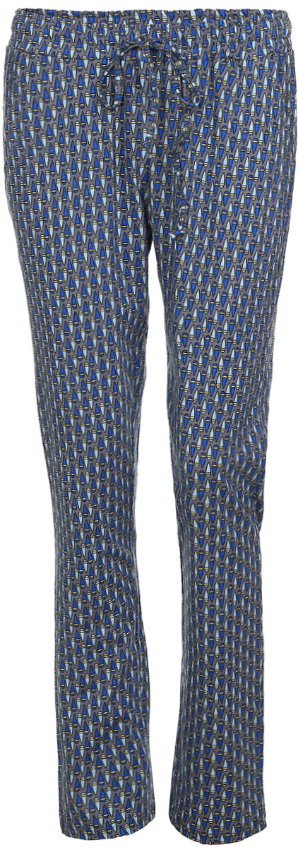 Брюки для дома женские Violett Капли, цвет: серый, синий. 17150515. Размер L (48)17150515Женские домашние брюки Violett Капли прямого кроя и стандартной посадки изготовлены из натурального хлопка. Брюки имеют широкую эластичную резинку на поясе, а также дополнены внутренним затягивающимся шнурком-кулиской. Спереди расположены два втачных кармана. Модель оформлена контрастным принтом с изображением капель.