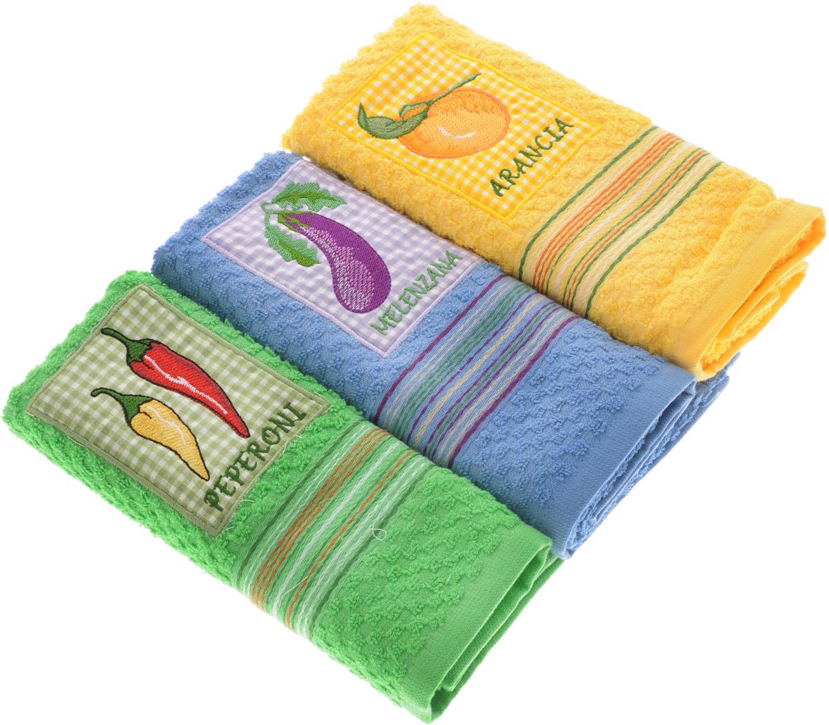 Набор полотенец Bonita Аппликация, цвет: желтый, синий, зеленый, 40 х 60 см, 3 шт2001311957_перец, баклажан, апельсинНабор из трех полотенец Bonita Аппликация, изготовленных из натурального хлопка, идеально дополнит интерьер вашей кухни и создаст атмосферу уюта и комфорта. Каждое полотенце оформлено вышивкой.Изделия выполнены из натурального материала, поэтому являются экологически чистыми. Высочайшее качество материала гарантирует безопасность не только взрослых, но и самых маленьких членов семьи. Современный декоративный текстиль для дома должен быть экологически чистым продуктом и отличаться ярким и современным дизайном.