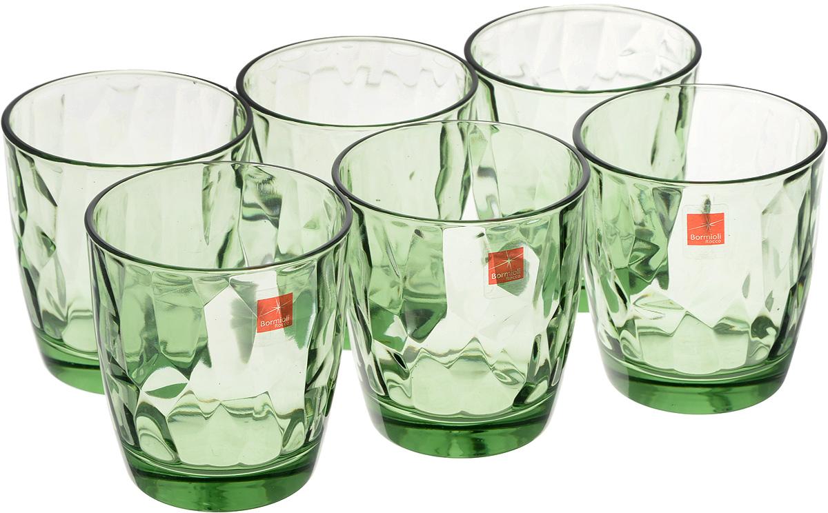 """Набор Bormioli Rocco """"Даймонд Аква Форест"""", выполненный из стекла, состоит из 6 стаканов и предназначен для подачи холодных напитков. С внутренней стороны поверхность стаканов рельефная, что создает эффект игры и преломления. Стаканы Bormioli Rocco """"Даймонд Аква Форест"""" станут идеальным украшением праздничного стола и отличным подарком к любому празднику.Объем стакана: 305 мл.Диаметр стакана по верхнему краю: 8,5 см.Высота стакана: 9 см."""