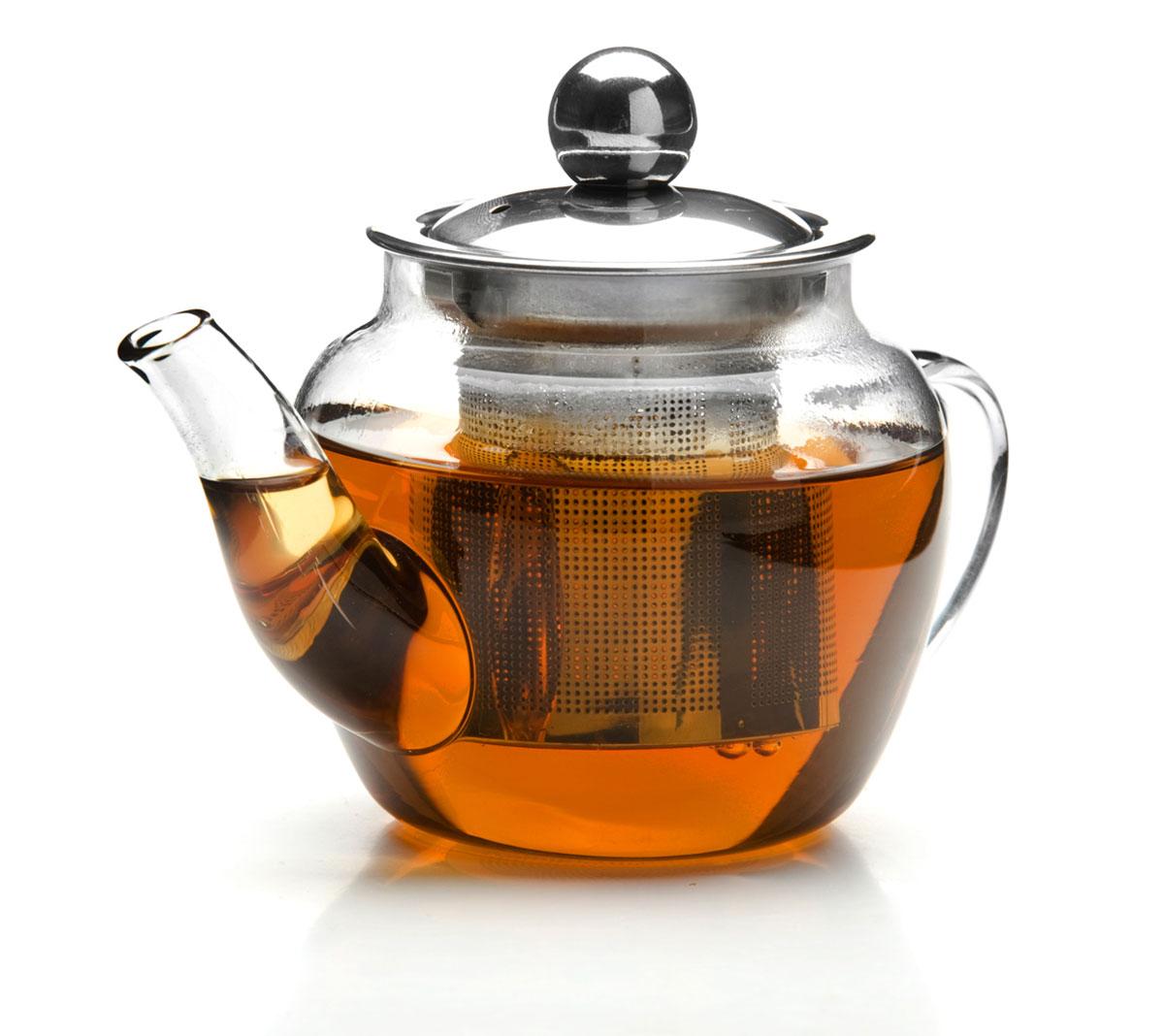 Чайник заварочный Mayer & Boch, с ситом, 200 мл. 2619826198Заварочный чайник Mayer & Boch изготовлен из термостойкого боросиликатного стекла, крышка и фильтр выполнены из нержавеющей стали. Изделия из стекла не впитывают запахи, благодаря чему вы всегда получите натуральный, насыщенный вкус и аромат напитков.Заварочный чайник из стекла удобно использовать для повседневного заваривания чая практически любого сорта. Но цветочные, фруктовые, красные и желтые сорта чая лучше других раскрывают свой вкус и аромат при заваривании именно в стеклянных чайниках, а также сохраняют все полезные ферменты и витамины, содержащиеся в чайных листах.Стальной фильтр гарантирует прозрачность и чистоту напитка от чайных листьев, при этом сохранив букет и насыщенность чая. Прозрачные стенки чайника дают возможность насладиться насыщенным цветом заваренного чая.Изящный заварочный чайник Mayer & Boch будет прекрасно смотреться в любом интерьере. Подходит для мытья в посудомоечной машине.