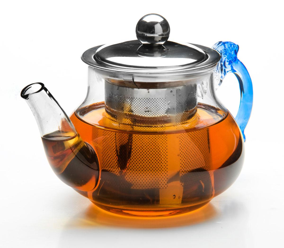 Чайник заварочный Mayer & Boch, с ситом, 400 мл. 2620026200Заварочный чайник Mayer & Boch изготовлен из термостойкого боросиликатного стекла, крышкаи фильтр выполнены из нержавеющей стали. Изделия из стекла не впитывают запахи, благодарячему вы всегда получите натуральный, насыщенный вкус и аромат напитков.Заварочный чайник из стекла удобно использовать для повседневного заваривания чаяпрактически любого сорта. Но цветочные, фруктовые, красные и желтые сорта чая лучше другихраскрывают свой вкус и аромат при заваривании именно в стеклянных чайниках, а такжесохраняют все полезные ферменты и витамины, содержащиеся в чайных листах. Стальнойфильтр гарантирует прозрачность и чистоту напитка от чайныхлистьев, при этом сохранив букет и насыщенность чая. Прозрачные стенки чайника даютвозможность насладиться насыщенным цветом заваренного чая. Изящный заварочный чайник Mayer & Boch будет прекрасно смотреться в любом интерьере.Подходит для мытья в посудомоечной машине.