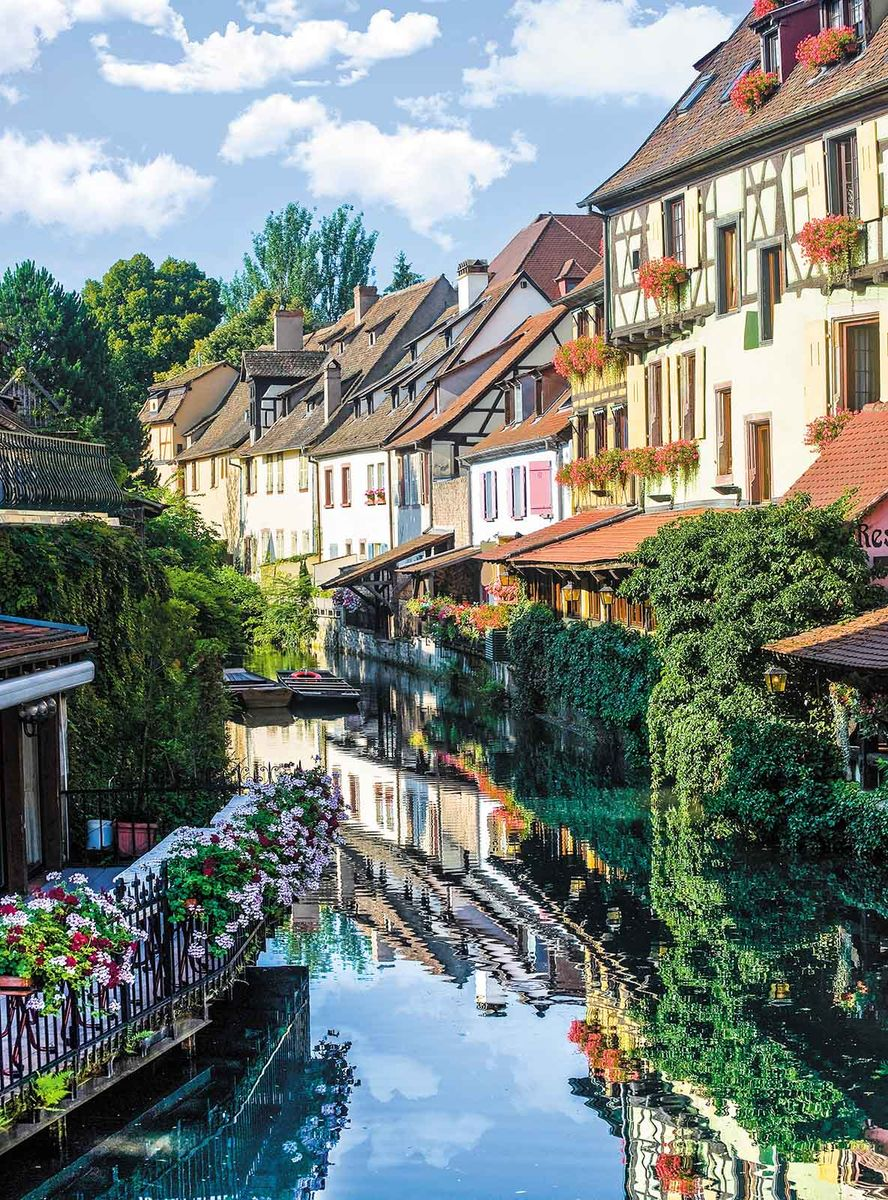Фотообои Milan Весенний городок, текстурные, 200 х 270 см. M 215 фотообои milan мостик у цветущей вишни текстурные 200 х 135 см m 629