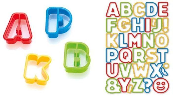 Формочки Tescoma Delicia Kids. Азбука, 34 шт. 630925630925Формочки азбука DELICIA KIDS отлично подходят для вырезания печенья из теста в виде буковок и знаков препинания.В наборе 34 Формочки.Изготовлены из превосходной прочной пластмассы.Можно мыть в посудомоечной машине.Материал: пластмасса