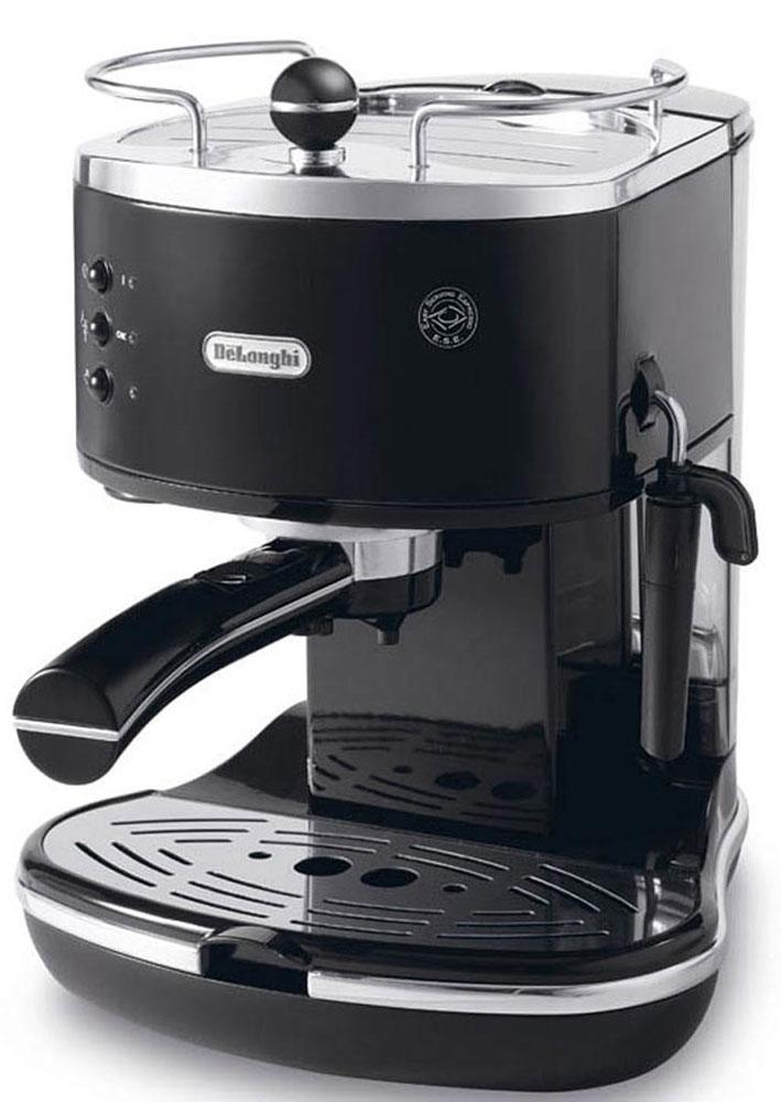 DeLonghi Icona Vintage ECOV311, Black рожковая кофеваркаECOV311.BKIcona Vintage ECOV311 от DeLonghi сочетает в себе стильный ретро-дизайн и самые современные технологии приготовления крепкого эспрессо и вкуснейшего капучино с пышной молочной пенкой.Удобная и простая в управлении, кофеварка может готовить кофе из смолотых зёрен или используя порционный кофе в чалдах E.S.E. Держатель фильтра имеет систему Crema, благодаря которой достигается идеальная кофейная пенка для вашего эспрессо. Нажатием одной кнопки можно быстро вспенить холодное молоко для вашего капучино. Вы можете приготовить одновременно две чашки напитка, если хотите выпить кофе с другом.Для того чтобы обеспечить оптимальную температуру напитка и глубже раскрыть его вкус, кофеварка предварительно подогреет вашу чашку на специальной поверхности.Благодаря системе автоматической поддержки давления и температуры, кофеварка всегда готова для использования и может начать варить ваш кофе в любой момент.Аппарат имеет прочный металлический корпус, а бойлер изготовлен из гигиеничной нержавеющей стали, что гарантирует долгий срок службы кофеварки.