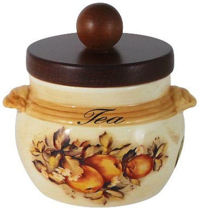 Банка для чая LCS Зимние яблоки, с деревянной крышкой, 500 мл. LCS670/PLT-M-ALLCS670/PLT-M-ALБанка для сыпучих продуктов LCS Зимние яблоки изготовлена извысококачественной керамики. Внешние стенки изделияоформлены красочным рисунком. Банка оснащена деревяннойкрышкой со вставкой, позволяющей крышке плотнеезакрываться и дольше сохранять продукты свежими и двумяручками. Такая банка прекрасно подойдет для хранения муки. Банка LCS станет достойным дополнением к вашимкухонным принадлежностям.