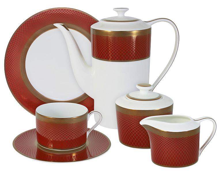 Чайный сервиз Naomi Кармен, 21 предмет, 6 персон. NG-G150305-21-ALNG-G150305-21-ALЧайный сервиз Кармен 21 предм.на 6 персон (6 чашек 0.25л, 6 блюдец, 6 тарелок 21.5см, чайник 1.4л, сахарница 0.35л, молочник 0.25л )Чайная и обеденная посуда торговой марки Naomi из высококачественного костяного фарфора отличается прекрасными дизайнами, исполненными как в современном, так и в классическом стиле по разработкам современных японских художников. Все изделия изготавливаются на современном оборудовании по новейшим технологиям и проходят строгий контроль качества.