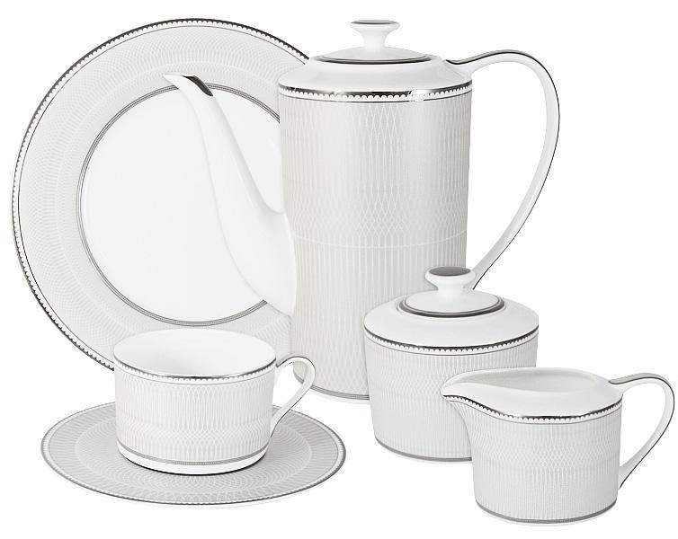 """Оригинальный чайный сервиз Emerald """"Жемчуг"""" состоит из 6 чашек, 6 блюдец, 6 десертных тарелок, чайника, сахарницы и молочника. Изделия изготовлены из высококачественного костяного фарфора. Поверхность изделий покрыта превосходной сверкающей глазурью, не содержащей свинца.     Благодаря высокому качеству исполнения, разнообразным декорам и оптимальному соотношению цена/качество, посуда Emerald завоевала огромную популярность у покупателей и пользуется неизменно высоким спросом.  Такой сервиз придется по вкусу любителям классики, и тем, кто предпочитает утонченность и изысканность.  Объем чайника: 1400 мл.  Объем сахарницы: 350 мл.  Объем молочника: 250 мл. Объем чашек: 250 мл. Диаметр тарелок: 21,5 см."""
