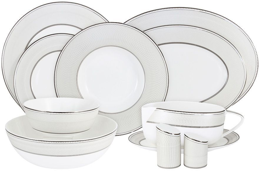 """Обеденный сервиз """"Жемчуг"""" 27 предм.на 6 персон (6 обед тарелок 27.5см, 6 закус тарелок 21.5см, 6 суп тарелок 24.5см ,1 салатник 23.5см, 2 салатника 16см ,1 блюдо 36см ,2 блюда 30см ,соусник на блюдце,солонка,перечница)Чайная и обеденная посуда торговой марки Naomi из высококачественного костяного фарфора отличается прекрасными дизайнами, исполненными как в современном, так и в классическом стиле по разработкам современных японских художников. Все изделия изготавливаются на современном оборудовании по новейшим технологиям и проходят строгий контроль качества."""