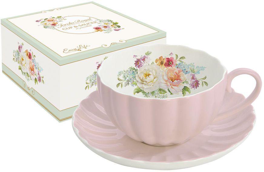 Чашка с блюдцем Nuova R2S Королевский сад, 0,2 л. R2S1282/ROYP-ALR2S1282/ROYP-ALЧашка с блюдцем 0.2л Королевский сад (розов)Концепция выпускаемой продукции заключается в создании единой дизайнерской линии предметов сервировки стола, оформления интерьера кухни или столовой комнаты. Вся продукция производится из современных и экологически чистых материалов: фарфора, стекла, пластика и дерева. Продукция компании NUOVA R2S отличается современным дизайном, и легкостью в эксплуатации. Компания работает в тесном сотрудничестве с лучшими итальянскими художниками и дизайнерами.