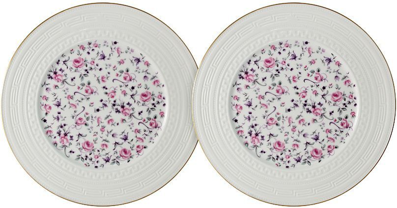 """Набор Colombo """"Стиль"""" состоит из двух десертных тарелок,  изготовленных из костяного фарфора высшего  качества, отличающегося необыкновенной прочностью и  небольшим весом. Яркий дизайн изделий, несомненно, придется вам по вкусу.  Набор Colombo """"Стиль"""" украсит ваш кухонный стол, а также  станет замечательным подарком к любому празднику. Диаметр тарелки: 20,5 см."""