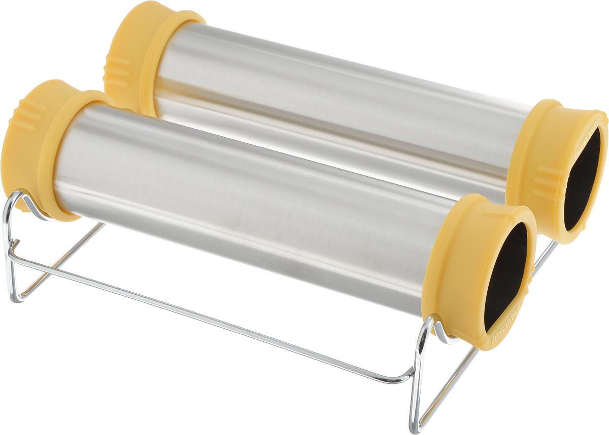 """Форма для выпечки Tescoma """"Delicia"""" прекрасно подходит для простого приготовления традиционных чешских домашних трубочек """"Trdelnik"""". Две цилиндрические формы с жаростойкими ручками позволяют легко накрутить и раскатать тесто, способствуют его подъему и равномерному выпеканию трубочек. Форма изготовлена из высококачественной нержавеющей стали, ручки - из огнеупорного силикона. Для удобного выпекания предусмотрена подставка из хромированной стали. В комплект входит рецепт для приготовления трубочек. Такие формы станут полезным приобретением для всех любителей оригинальной домашней выпечки. Можно мыть в посудомоечной машине. Размер формы: 6 х 22 х 6 см. Размер подставки: 20 х 20 х 5,5 см.    Как выбрать форму для выпечки – статья на OZON Гид."""