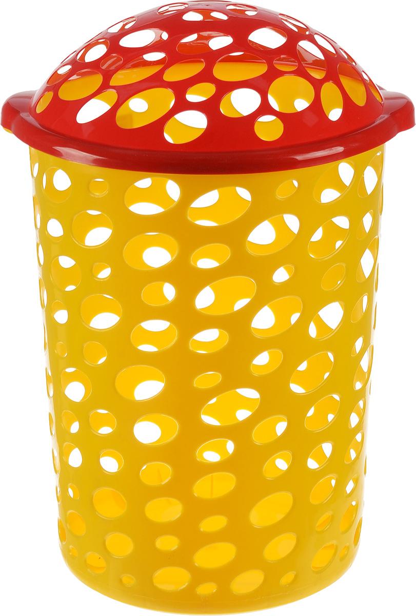 Корзина универсальная Альтернатива Сорренто, цвет: красный, 45 лМ1886_жёлтый/кр.краснаяУниверсальная корзина Альтернатива Сорренто, изготовленная из прочного пластика,оформлена овальной перфорацией.Корзина идеально подходит как для хранения белья, так и детских игрушек. Изделие оснащенооткидной крышкой. Элегантный дизайн подойдет к интерьеру любой комнаты.Объем: 45 л.Диаметр корзины (по верхнему краю): 39 см.Высота (без учета крышки): 51 см.